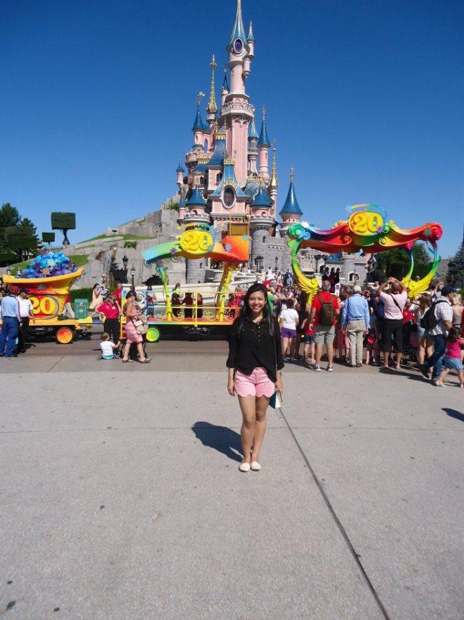 O castelo da Disney Paris inspirado no castelo Neuschwanstein, fui para lá e nem sabia