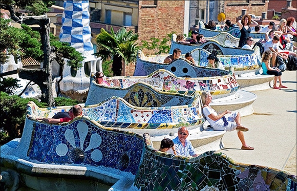 10 parques mais bonitos do mundo japa viajante for Barcelona jardin gaudi