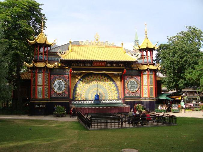 Teatro Chinês onde tem apresentações de balé, Tivoli Garden Foto: Arquivo Felipe Franco
