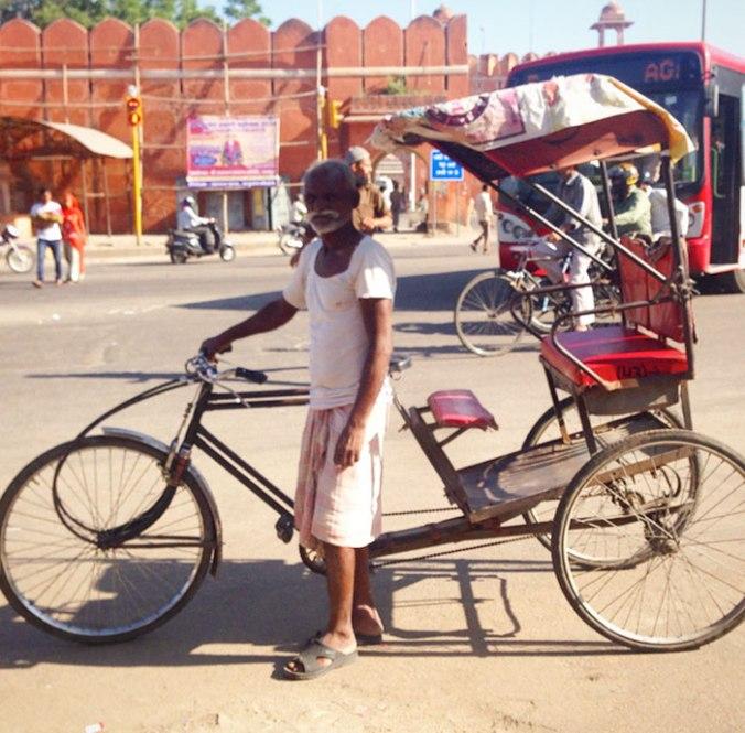 Muito comum esse tipo de triciclo por aqui