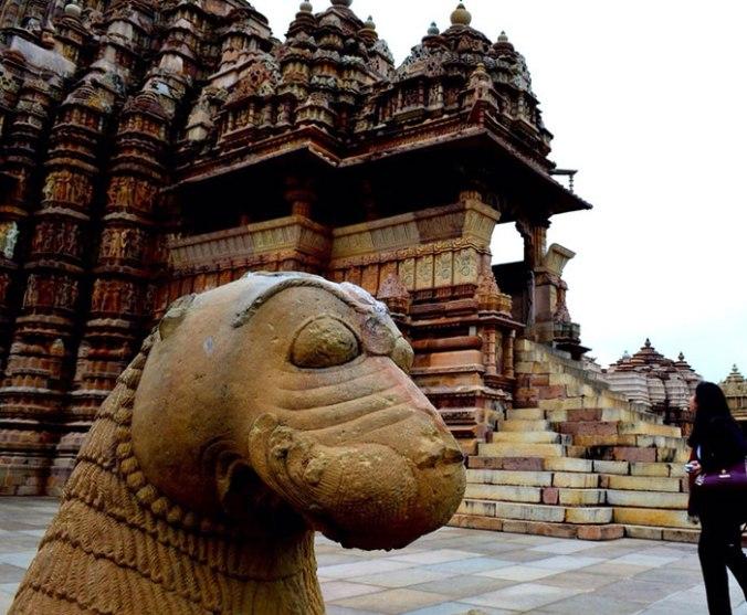 khajuraho-kama-sutra-india-japa-viajante