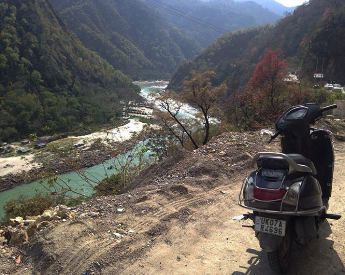 ride-bike-rishikesh-japa-viajante-india