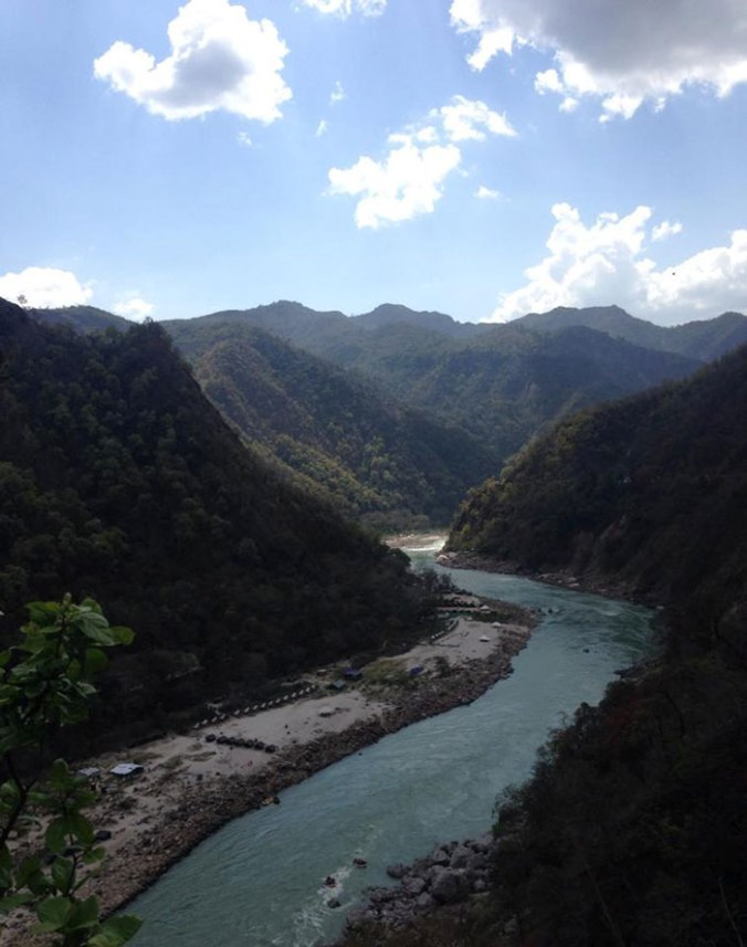 rishikesh-india-ride-bike-japa-viajante