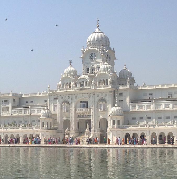 complex-Golden-Temple-Amritsar-Punjab-India-japa-viajante